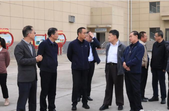 中石化集团公司石油化工领域首席专家宗保宁一行来...